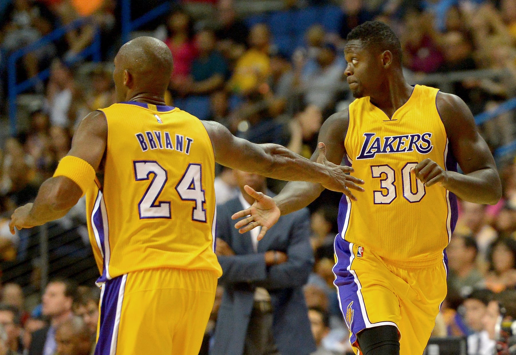 Lakers Trending Up And Down  2015-16 NBA Preseason Edition - Lakers Nation 9f836eb75
