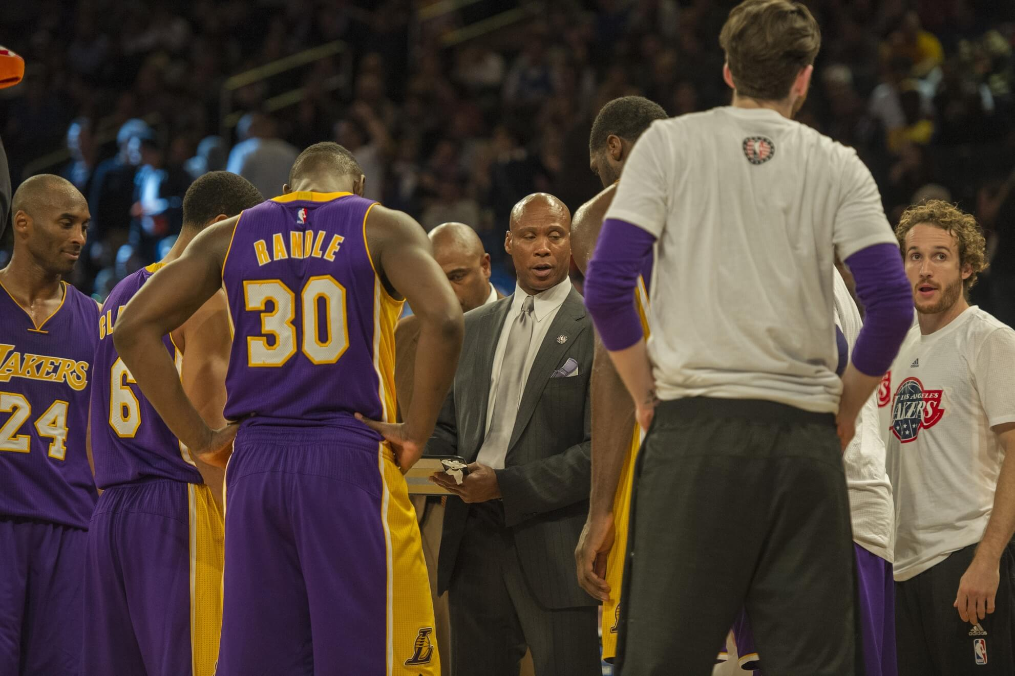 Byron Scott 5 Best Players to close Lakers