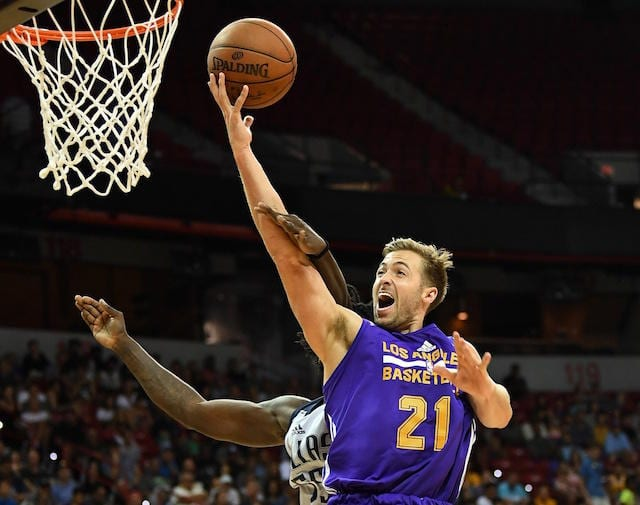 Travis Wear Lakers