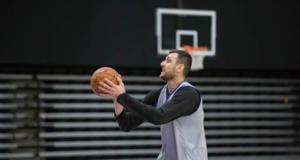 Lakers Practice - Andrew Bogut-4255