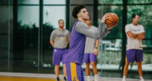LAKERS PRACTICE 1030 - LONZO BALL-8654