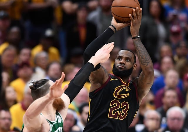 LeBron James sets record for career playoff field goals
